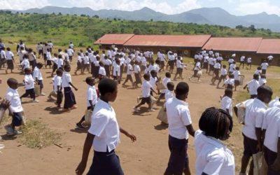 KIVU :  TERRE  DE  VIOLENCE  ET  DE  CONTRASTE